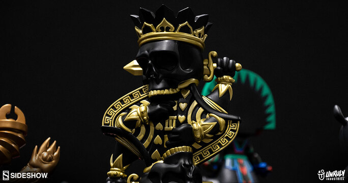 Enter to win the King Charles Designer Toy by artist dull. Giveaway Image