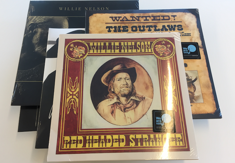 Willie Nelson Vinyl Bundle Giveaway Image