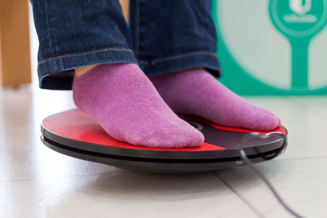 MakeUseOf: Win 3DRudder Foot Controller