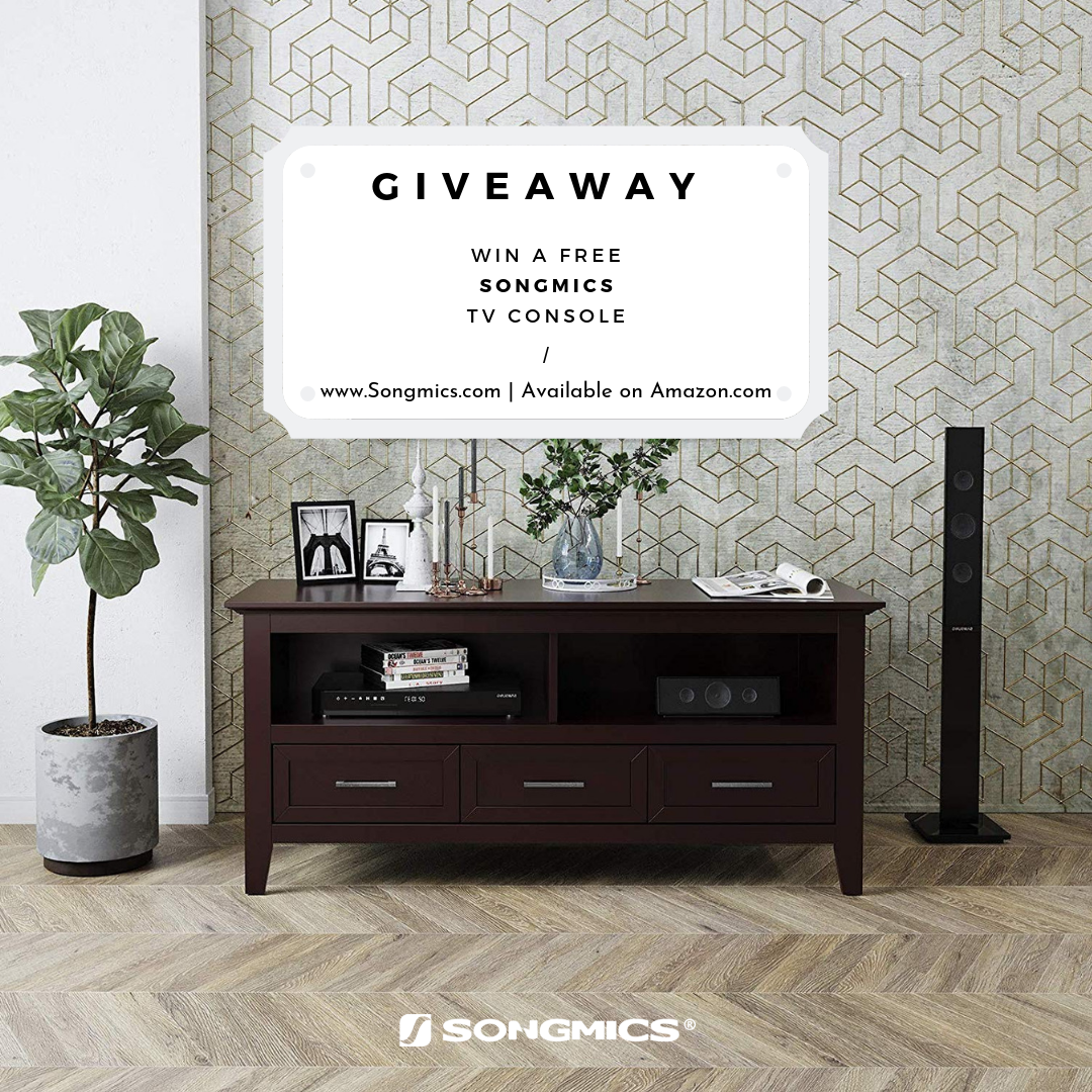 2 winners of The Songmics TV stand Giveaway Image